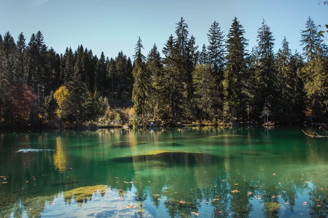 Crestasee im Herbst