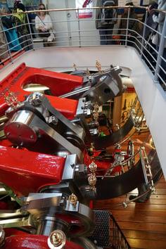Antrieb des Dampfschiffs